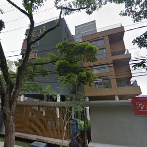 'Aruá Building' by FGMF Arquitetos (StreetView)