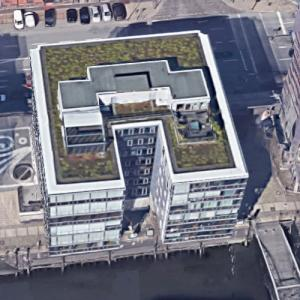 'Am Sandtorkai 62-Dock 4' by SAA Schweger Architecten (Google Maps)