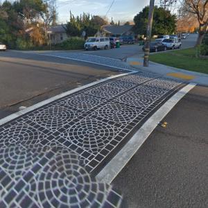 Decorative Crosswalk (StreetView)