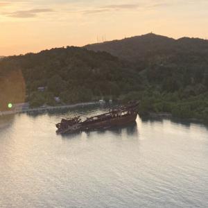 Sunken ship (StreetView)