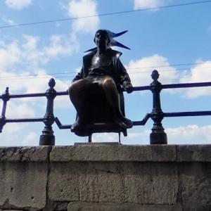Little Princess Statue (StreetView)