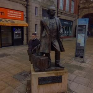 Thomas Cook statue at the railway station (StreetView)
