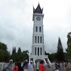 Jam gadang in bukittinggi indonesia virtual globetrotting - Animaljam wiki ...