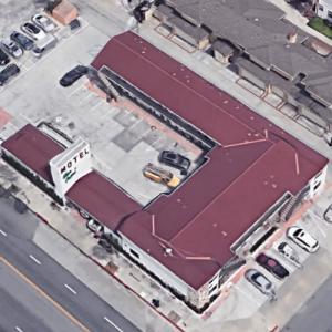 Glen Capri Motel (Google Maps)