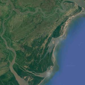 Inhacamba (largest island in Mozambique) (Google Maps)