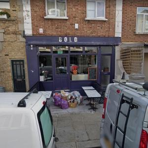 """Cafe from """"Fleabag"""" (StreetView)"""