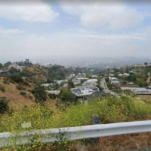 Brilliant View of LA from the top of Laurel Canyon (StreetView)