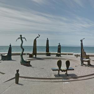 La Rotonda del Mar Sculpture (StreetView)