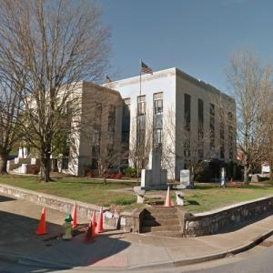 'Polk County Courthouse' by R. H. Hunt (StreetView)