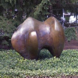 'Three-way Piece No. 1: Points' by Henry Moore (StreetView)