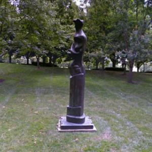 'Upright Motive No. 9' by Henry Moore (StreetView)