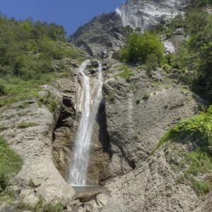La Cascade d' Arpenaz (StreetView)