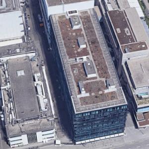 'Roche Pharma-Research Building 92' by Herzog & de Meuron (Google Maps)