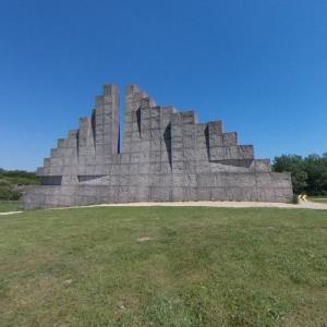 'Climbing Wall' by Frans de Wit (StreetView)