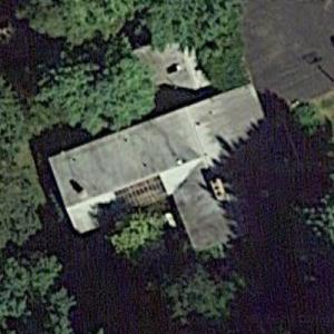 'Donald and Louise Clark Irish House' by Alden Dow (Google Maps)