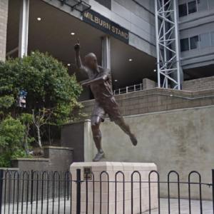 Alan Shearer statue (StreetView)