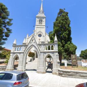 Holy Cross Catholic Church (StreetView)