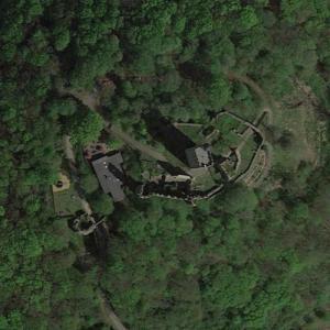 Burg Olbrück (Google Maps)