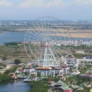 Sun Wheel (tallest Ferris wheel in Vietnam) (StreetView)