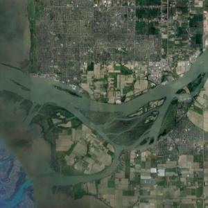 Mouth of the Fraser River (Google Maps)