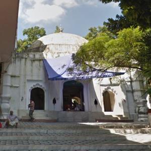 Shah Jalal Dargah (StreetView)