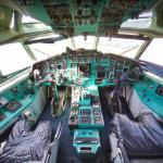 Tu-154B-2 cockpit