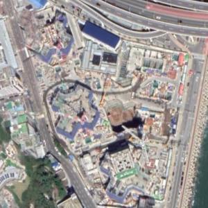 Hillstate Ijin Bay-city under construction (Google Maps)