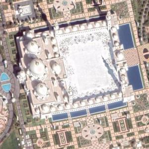 Sheik zayed mosque (Google Maps)