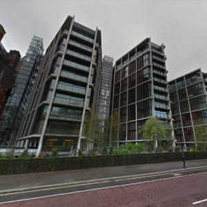 'One Hyde Park' by Rogers Stirk Harbour + Partners (StreetView)