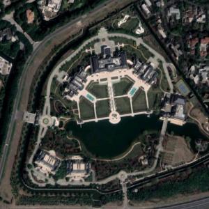 250,000 sqft Shanghai Estate (Google Maps)