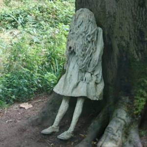 'Weeping Girls' by Laura Ford (StreetView)