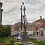 Violin monument