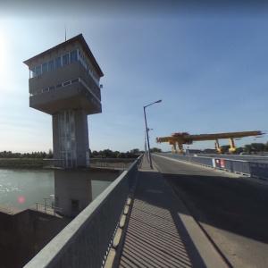 Tisza Dam (StreetView)