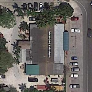 Robert Is Here (Google Maps)