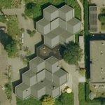 3d cube rooftop (Google Maps)