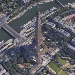 Eiffel Tower (Google Maps)