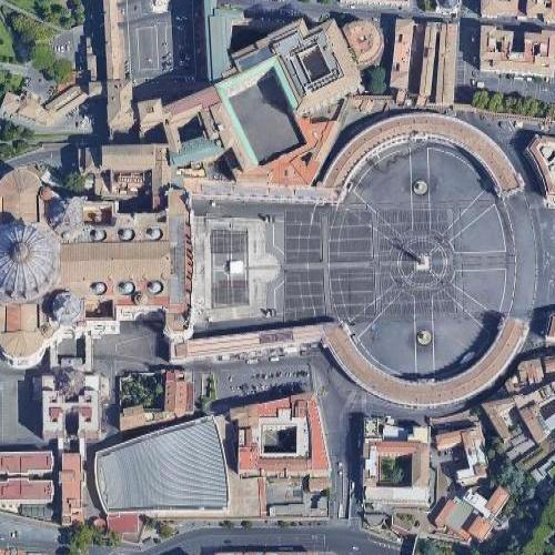 St. Peter's Square (Google Maps)