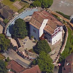Castle Zug (Google Maps)