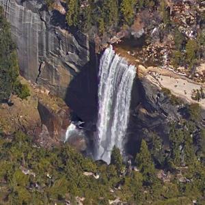 Vernal Falls (Google Maps)