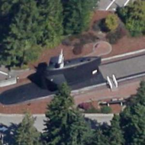 Conning tower from the USS Woodrow Wilson (SSBN624) (Google Maps)