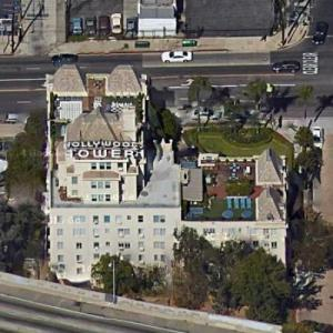 Hollywood Tower Apartments (Google Maps)