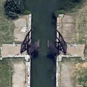 Pont de Langlois (Van Gogh Bridge) (Google Maps)