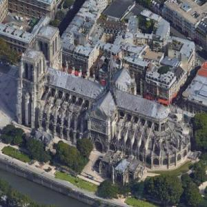 Notre Dame de Paris (Google Maps)