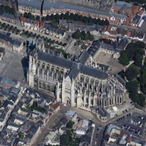 Amiens cathedral (Google Maps)