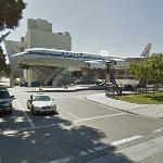 'United Airline' jet on static display (StreetView)