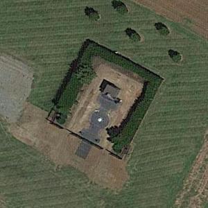 Dale Earnhardt Sr.'s Gravesite (Google Maps)