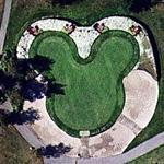 Golf Disneyland putting green (Google Maps)