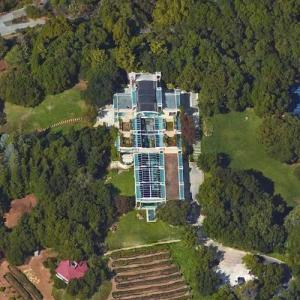 Vinod Khosla's house (Google Maps)