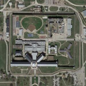 Leavenworth Federal Penitentiary (Google Maps)