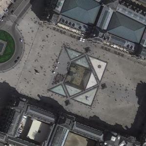 Louvre, The (Le Louvre) (Google Maps)